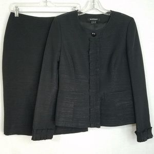 Ellen Tracy 2Pc Suit Pencil Skirt & Ruffle Jacket